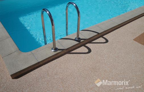 Marmorix Steinteppich Pool-Bereich